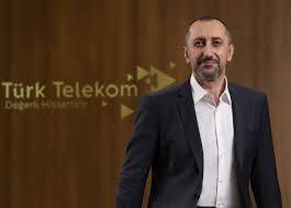 "ürk Telekom CEO'su Ümit Önal:   ""Vatana hizmet varlık sebebimizdir"""